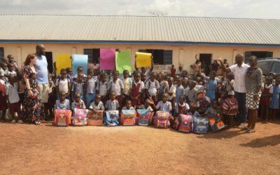 Projektstart mit Lieferung von Hilfsgütern